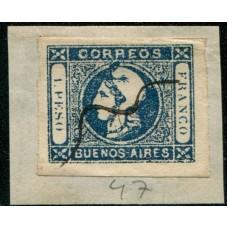 ARGENTINA 1859 GJ 17 PE 13 ESTAMPILLA SOBRE FRAGMENTO CON MANCHA ARRIBA DEL GORRO